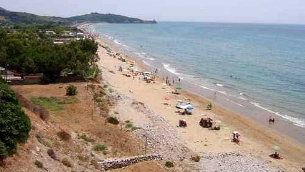 Matrimonio Spiaggia Gaeta : Gaeta spiagge di sant agostino sicure convenzione comune
