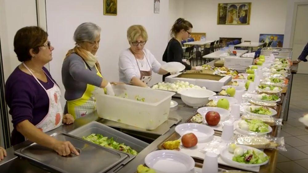 Amato Cena di Natale alla mensa della Caritas UL78