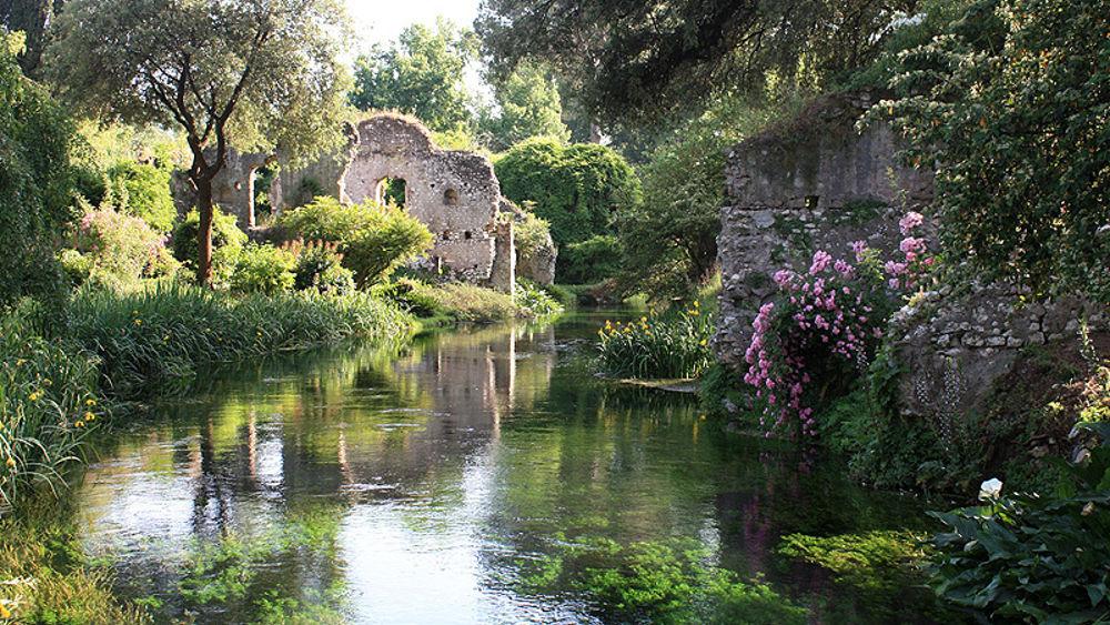 I giardini di ninfa sito ufficiale. Much more than documents.